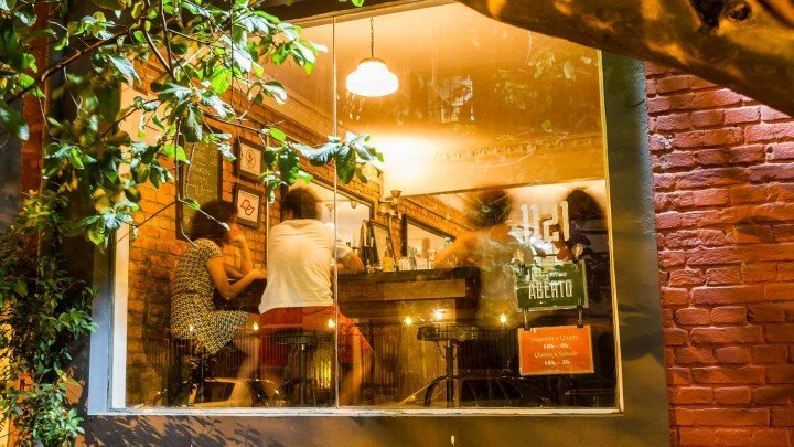 Bar Boca de Ouro: Craft beers, drinks and indie